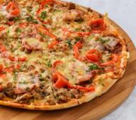 Пицца с фаршем и копч-ми, 650 гр.